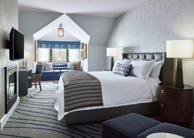 Grande Deluxe King Dormer Guest Room